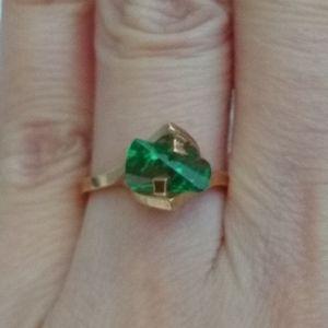 unknown Jewelry - Strellman 14K Gold Green Stone Ring